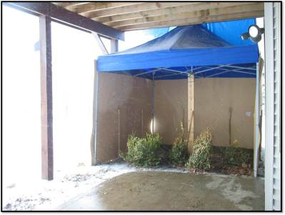 potty tent is holding up in extreme snow falls