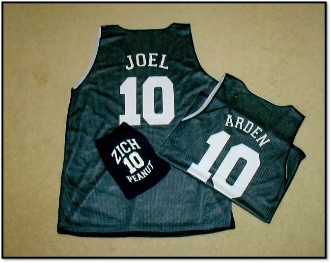 Arden Zich anniversary jerseys gift idea